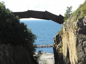 Bron i stenbrottet, är det konst?